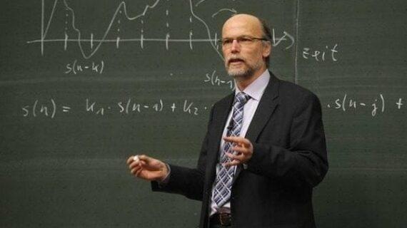 Are university professors obsolete?
